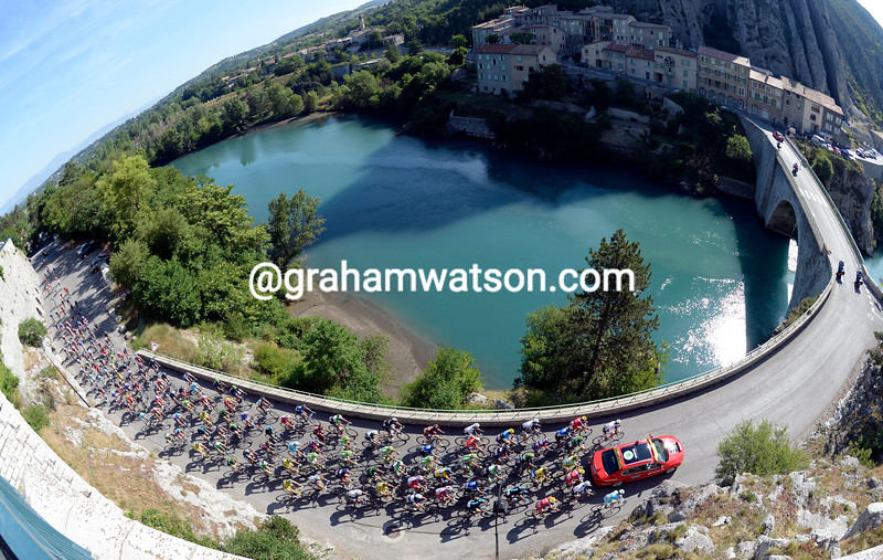 The peloton leaves Sisteron on stage five of the 2014 Dauphine-Libere