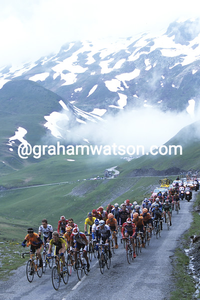 Cyclists in the 2001 Dauphine-Libere