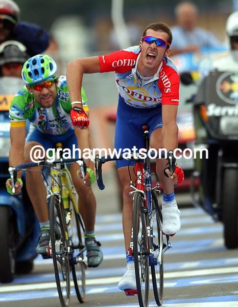 David Millar wins a stage of the 2001 Vuelta a Espana