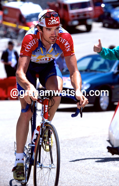 DAVID MILLAR CLIMBS MONT VENTOUX IN THE 2001 DAUPHINE-LIBERE