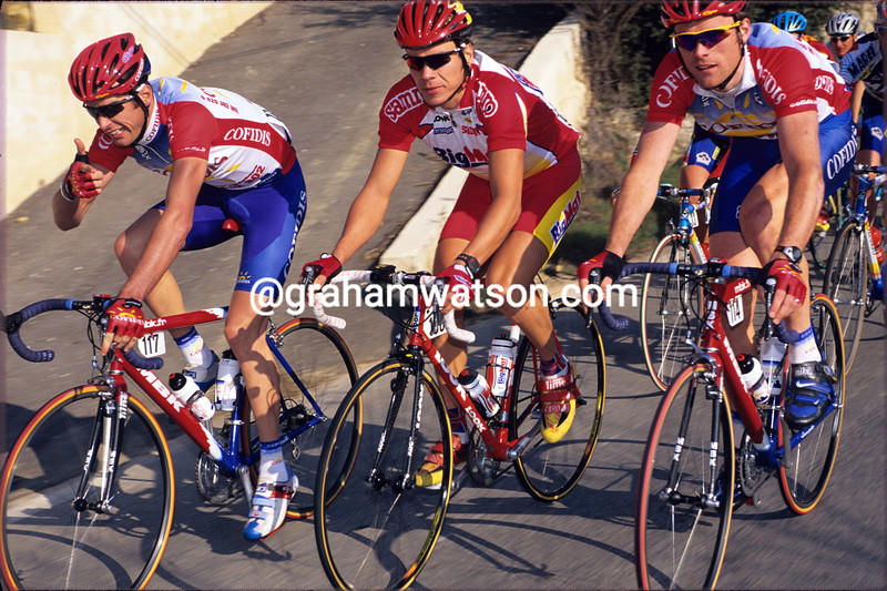 David Millar (left) with Jeremy Hunt and Rob Hayles in the 2001 Paris-Nice