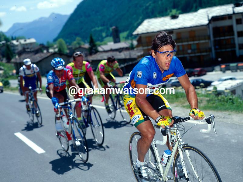 Djadmolodine Abdujaparov on a stage of the 1992 Giro d'Italia