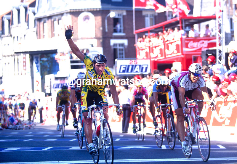 Djadmolodine Abdujaparov wins a stage of the 1994 Tour de France