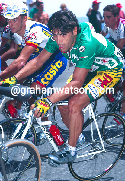 Djadmolodine Abdujaparov on a stage of the 1995 Tour de France
