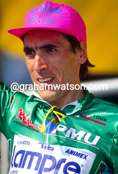Djadmolodine Abdujaparov wins a stage of the 1994 Tour de France