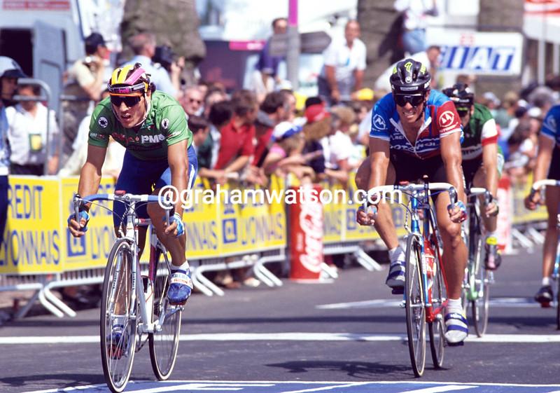 Djadmolodine Abdujaparov on a stage of the 1991 Tour de France