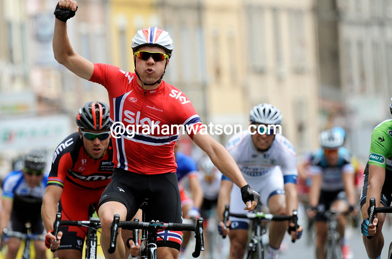 Edvald Boasson Hagen wins stage three of the 2013 Dauphine-LIbere