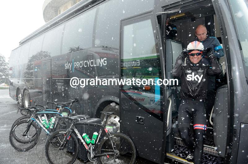 Edvald Boasson Hagen hiding from the snow in the 2013 Milan San Remo