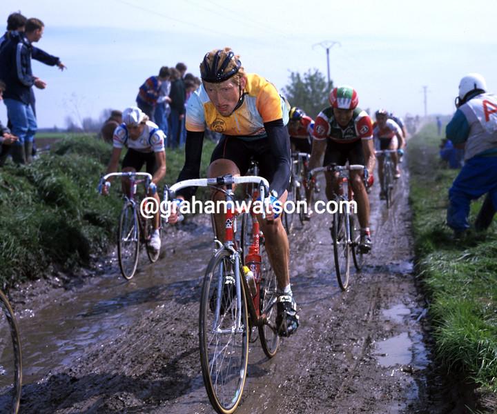 Edwig Van Hooydonck in the 1989 Paris-Roubaix