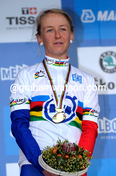 EMMA POOLEY WINS THE 2010 WORLD ROAD TIME TRIAL CHAMPIONSHIPS