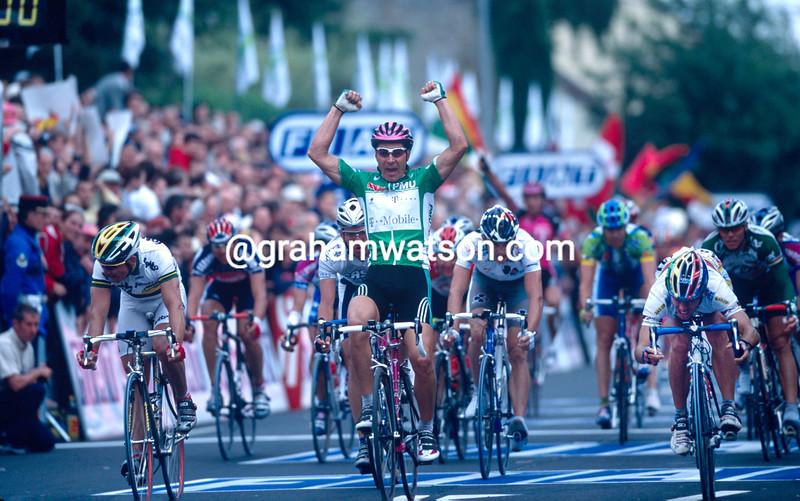 Erik Zabel wins a stage of the 2002 Tour de France