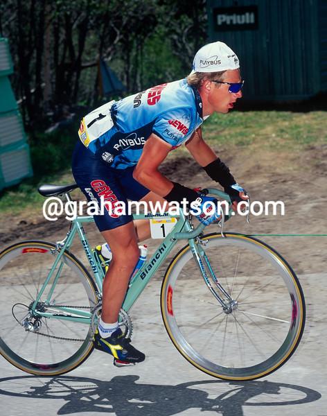 Evgeni Berzin in the 1995 Giro d'Italia