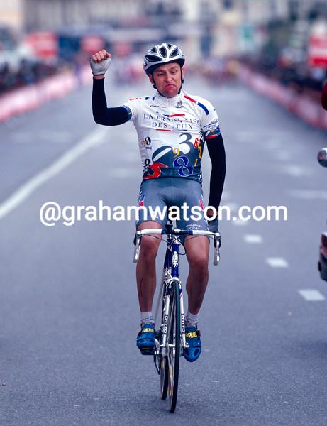 Frederic Guesdon wins the 1997 Clasico Haribo