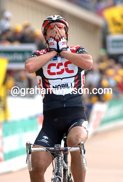 FABIAN CANCELLARA IN THE 2006 PARIS-ROUBAIX