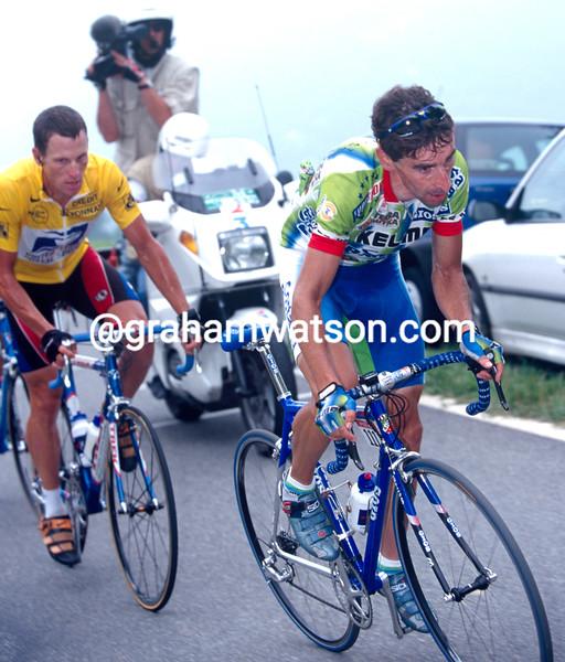 Fernando Escartin and Lance Armstrong in the 1999 Tour de France