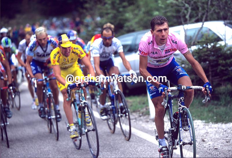 Francesco Casagrande in the 2000 Giro d'Italia