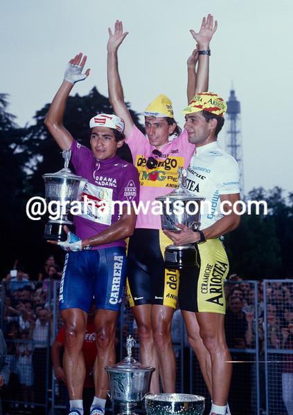 Franco Chioccioli wins the 1991 Giro d'Italia