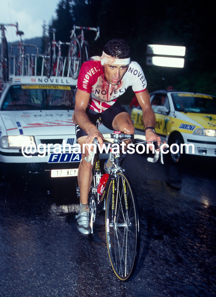 Frederic Moncassin after a crash in the 1996 Tour de France