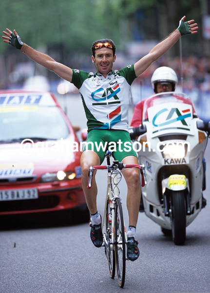 Fabrice Gougout wins a stage of the Dauphine-Libere