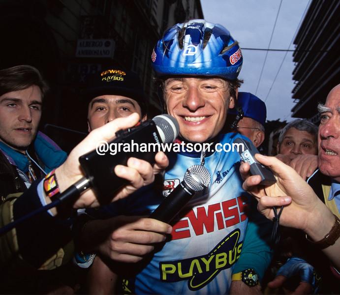 Gabriele Colombo wins Milan-San Remo in 1997