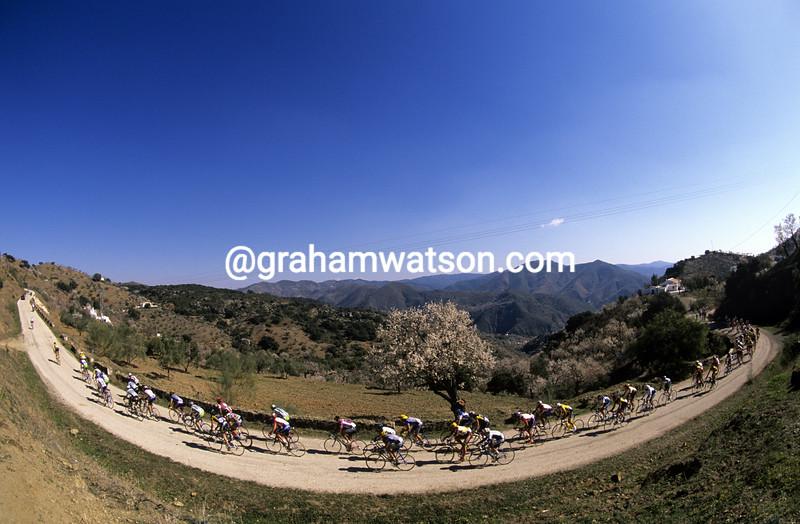 Cyclists in the 1989 Ruta del Sol