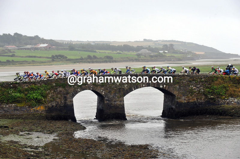 The small peloton of the Tour of Ireland approaches Kinsale in 2009