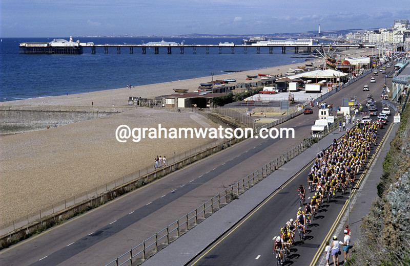 Cyclists in the 1990 Wincanton Classic in Brighton