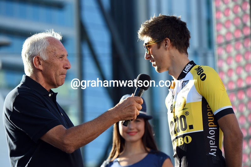 George Bennett with Phil Liggett at the 2015 Tour Down Under