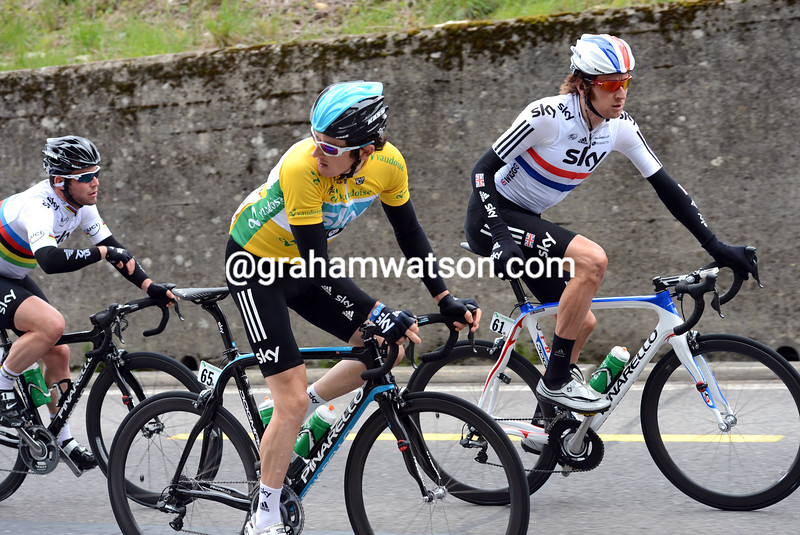 Geraint Thomas with support from Bradley Wiggins and Mark Cavendish on stage one of the 2012 Tour de Romandie