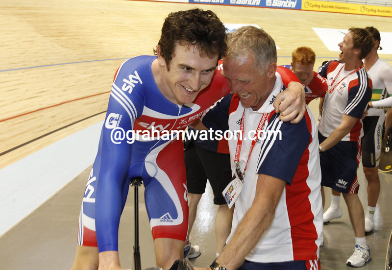 Geraint Thomas and Shane Sutton after Great Britain win the mens team pursuit at the 2012 World Championships