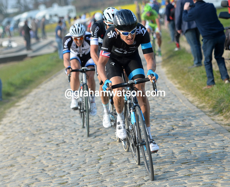 Geraint Thomas attacks in the 2014 E3 Harelbeke