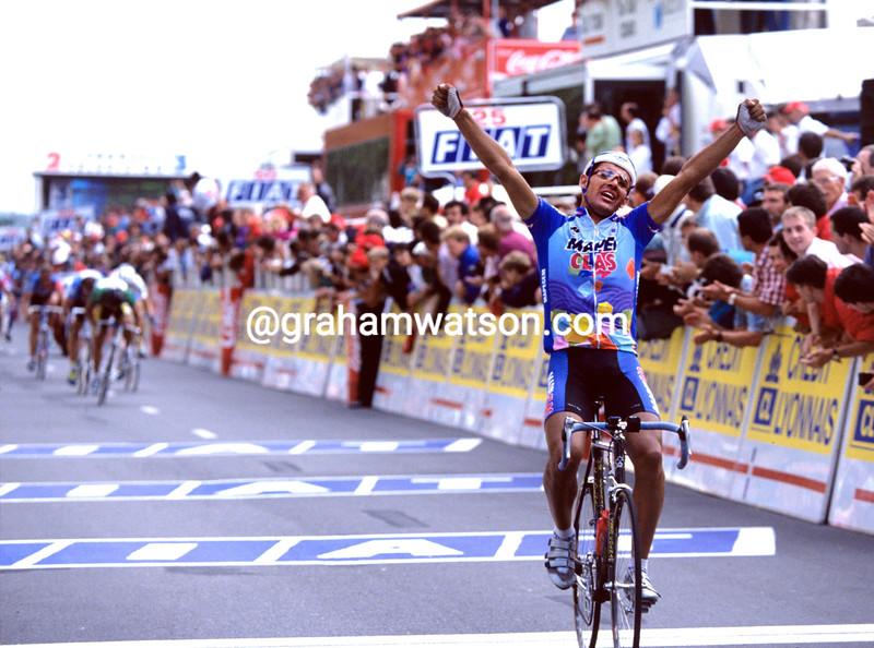 Gianluca Bortolami a stage in the 1994 Tour de France