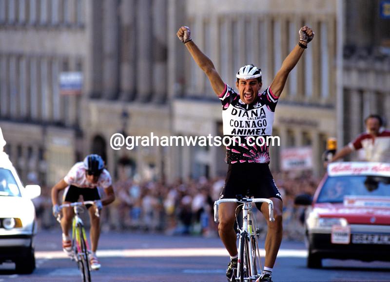 Gianluca Bortolami wins a stage of the 1990 Tour of Britain