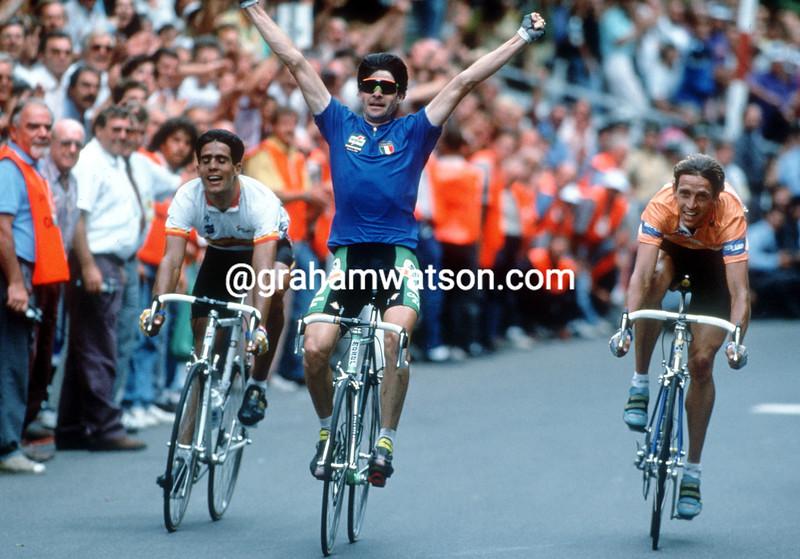 Gianni Bugno wins the 1991 World Road Race Championship