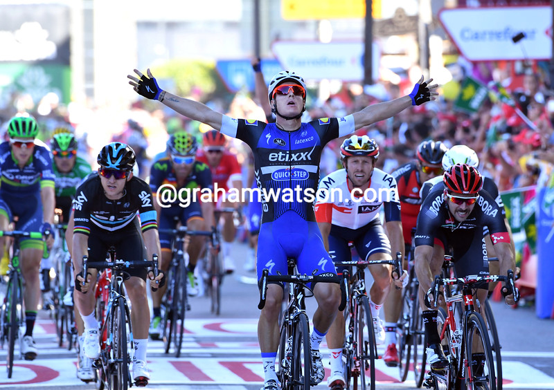 Gianni Meersman wins stage one of the 2016 Vuelta a España