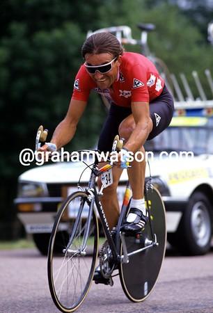 Gilbert Duclos-Lassalle in the 1987 Tour de France