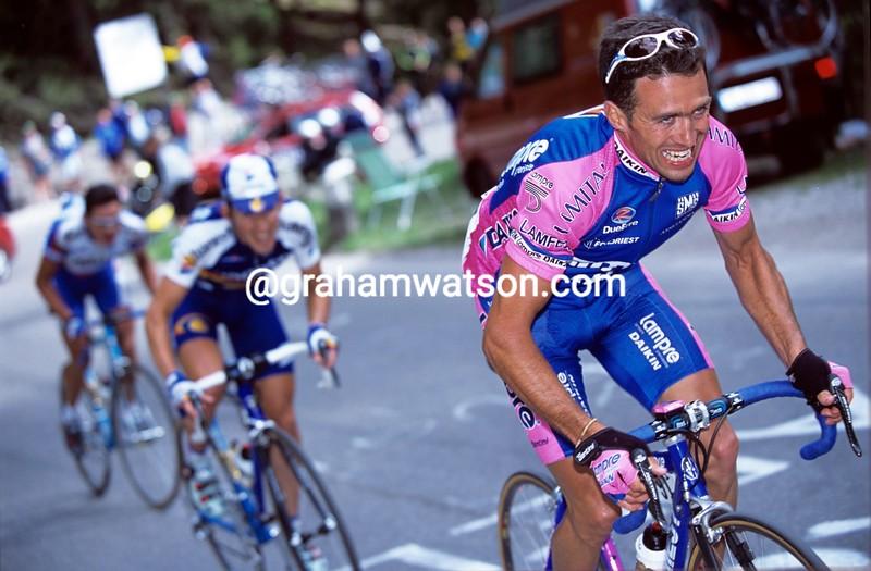Gilberto Simoni in the 2001 Giro d'Italia