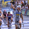 Giovanni Lombardi wins a stage of the 2002 Giro d'Italia