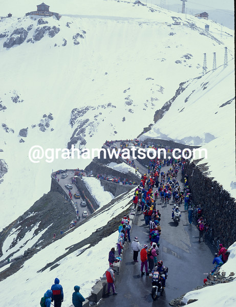 The 1994 Giro d'Italia on the Stelvio Pass