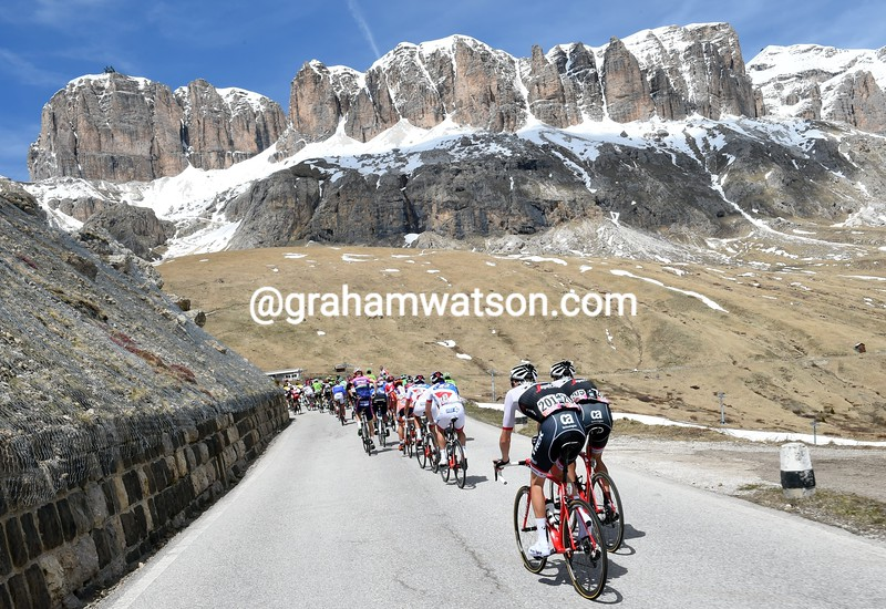 Cyclists climb the Passo Giau on stage fourteen of the 2016 Giro d'Italia