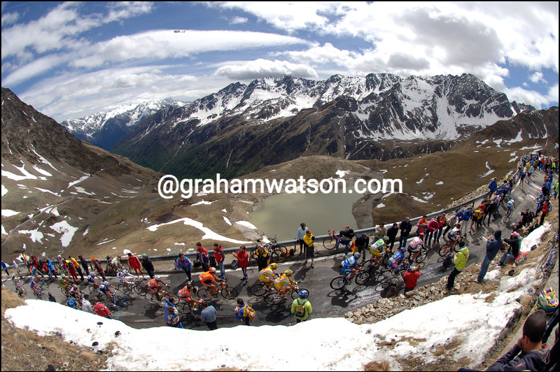 THE GIRO CLIMBS THE PASSO DI GAVIA ON STAGE TWENTY