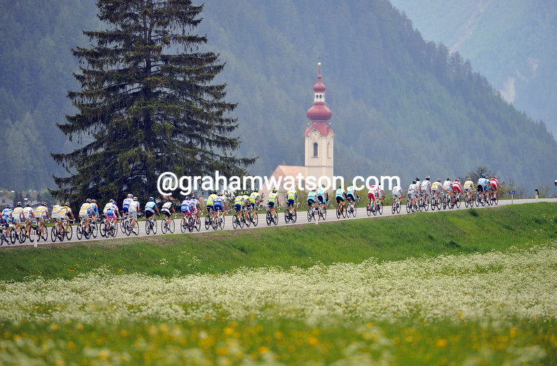 THE PELOTON RACES ACROSS AUSTRIA IN THE 2009 GIRO D'ITALIA