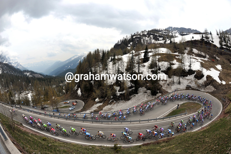 The Giro climbs into the Dolomites on stage three of the 2009 Giro d'Italia