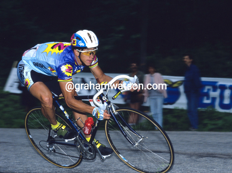 Greg Lemond in the 1990 Tour de France