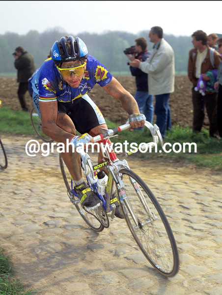 Greg LeMond in the 1991 Paris-Roubaix