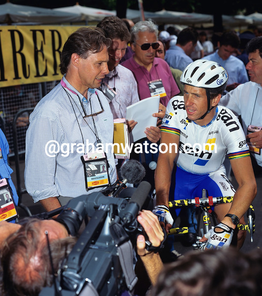 Greg Lemond and Tim Grady in the 1993 Giro d'Italia