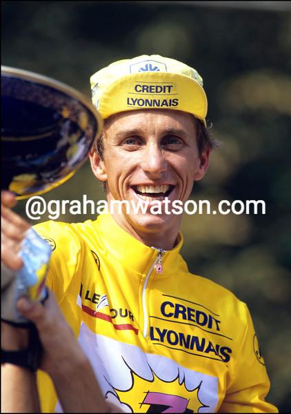 Greg Lemond realises he has just won the 1990 Tour de France