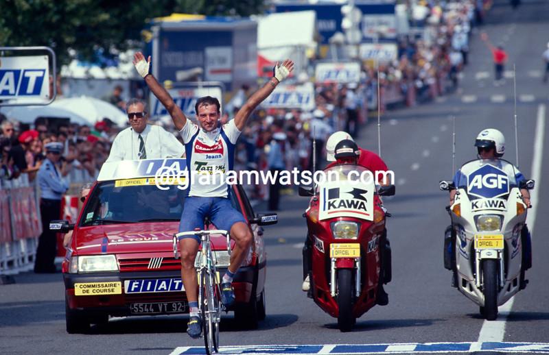 Guido Bontempi wins a stage of the 1992 Tour de France