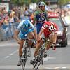 Heinrich Haussler beats Martin Elmiger to win stage 19 of the 2005 Vuelta a España