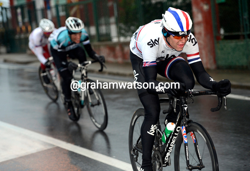 Ian Stannard attacks in the 2013 Milan San Remo